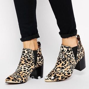 Report Signature Toby Leopard Mid Heel Ankle Boots